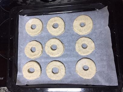 roscos de vino sin gluten antes de hornear